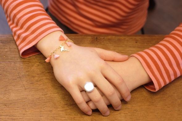 communiejuweeltje armbandje met flosje en ring juweel communie