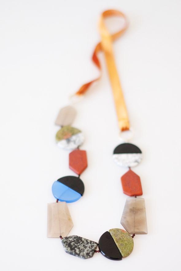 sautoir met onyx, dolomiet, unakiet, veldspaat en jasper kralen_Zahia exclusive collection-2