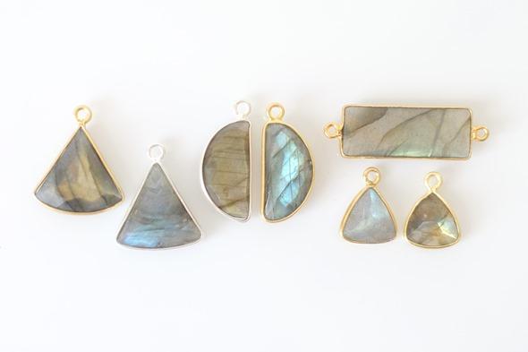 Bezels bedels en linkjes met labradoriet edelsteen om juwelen te maken