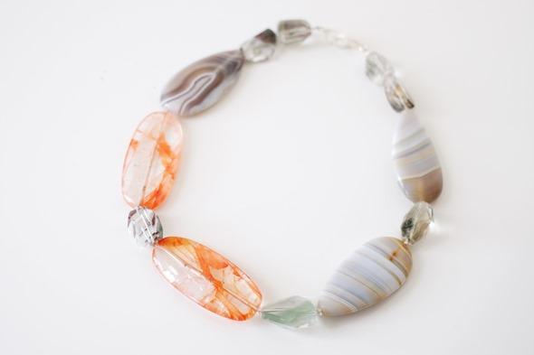 halssnoer met edelsteen kralen, zahia juwelen