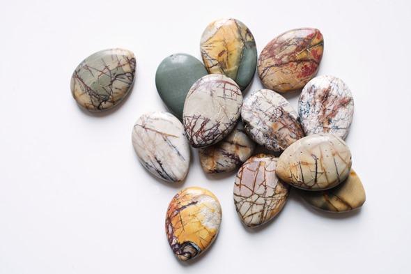 jaspis kralen, edelstenen om zelf juwelen te maken, zahia kralen (1)
