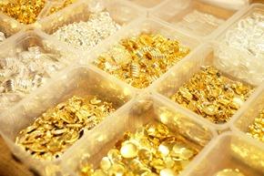 stockverkoop antwerpen, vintage metalen sluitingen
