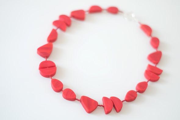 rood halssnoer met kralen van Murano glas
