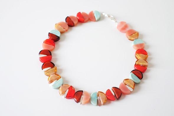 halsketting met kralen van Murano glas sommerso, zahia juwelen