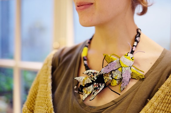 halssnoer met Murano glas en kevers