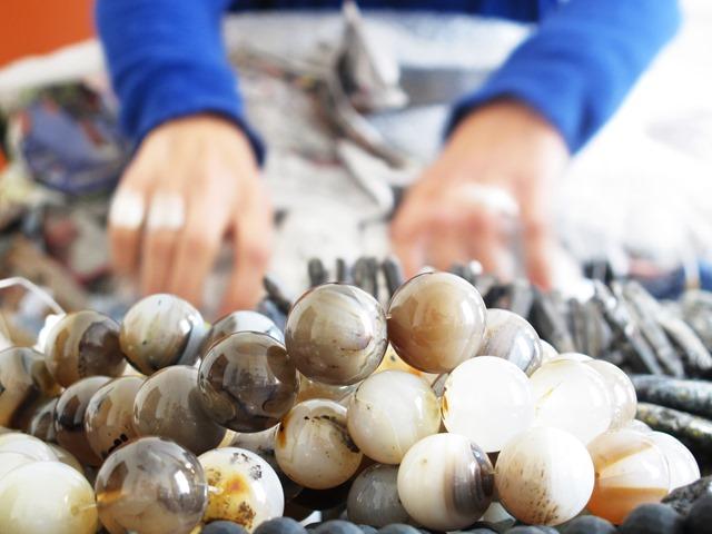 Voorverkoop nieuwe collectie halfedelstenen: nu vrijdag 16 en zaterdag 17 oktober! 25 procent korting op alle snoeren!