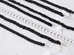 zwart snoeren vintage rocailles_seed beads_zahia kralen4