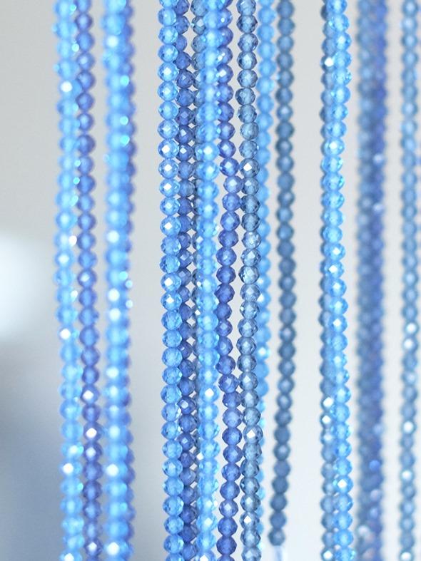 blauwe zirkoon kralen op snoer_2