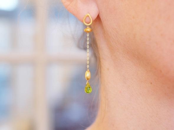 oorbellen met groene zirkoon
